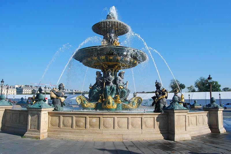 800px-Place_de_la_Concorde_fountain,_Paris